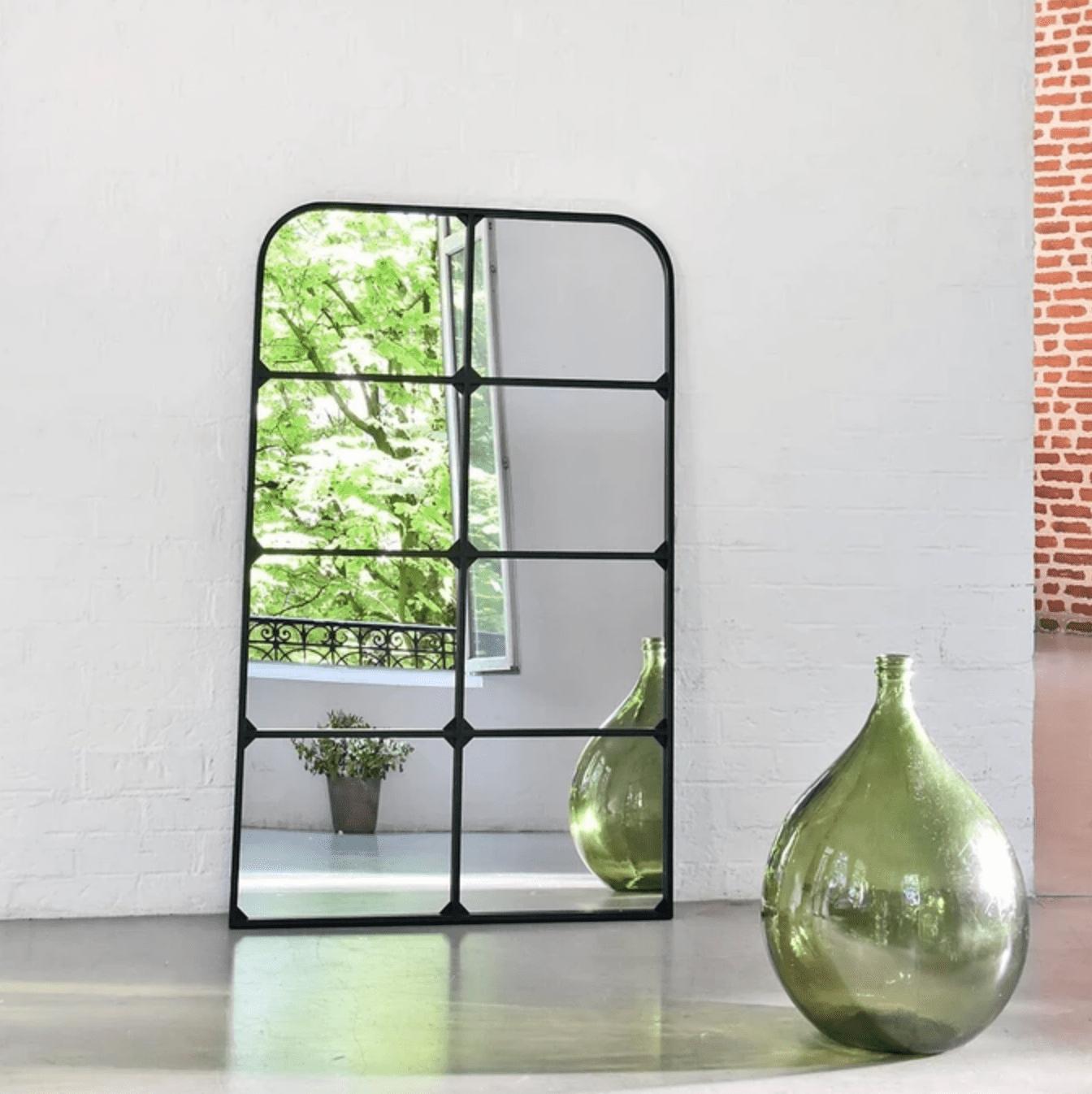 miroir fenêtre noir